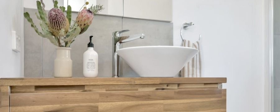 beechmont-main-project-gallery-basin-timber-vanity